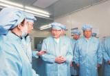 省委书记应勇调研光谷实验室建设,提出: 整合资源 优化科创环境